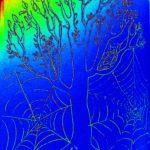 Дерево в паутине